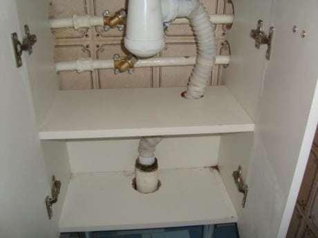 Советы по выбору и монтажу подвесной тумбы с раковиной