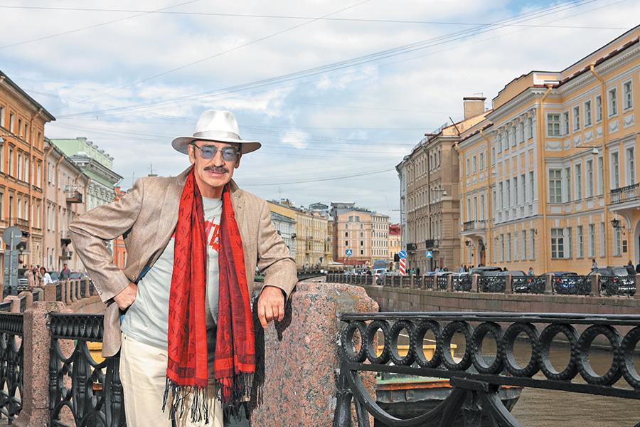 """Любимые """"три мушкетера"""": кого из актеров уже нет в живых (в их числе - режиссер)"""