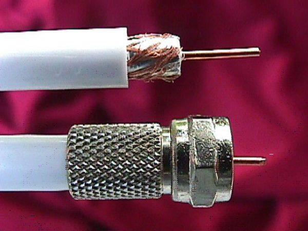Как подсоединить антенный кабель к штекеру своими руками?