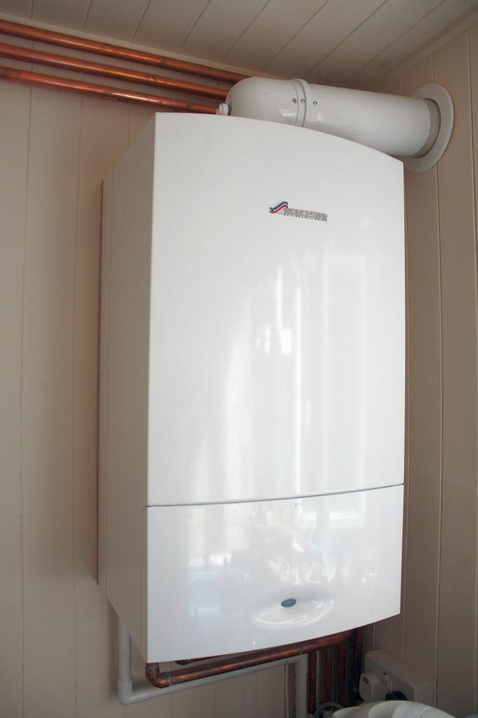 Настенные газовые котлы для отопления дома: двухконтурный или одноконтурный выбираем лучший