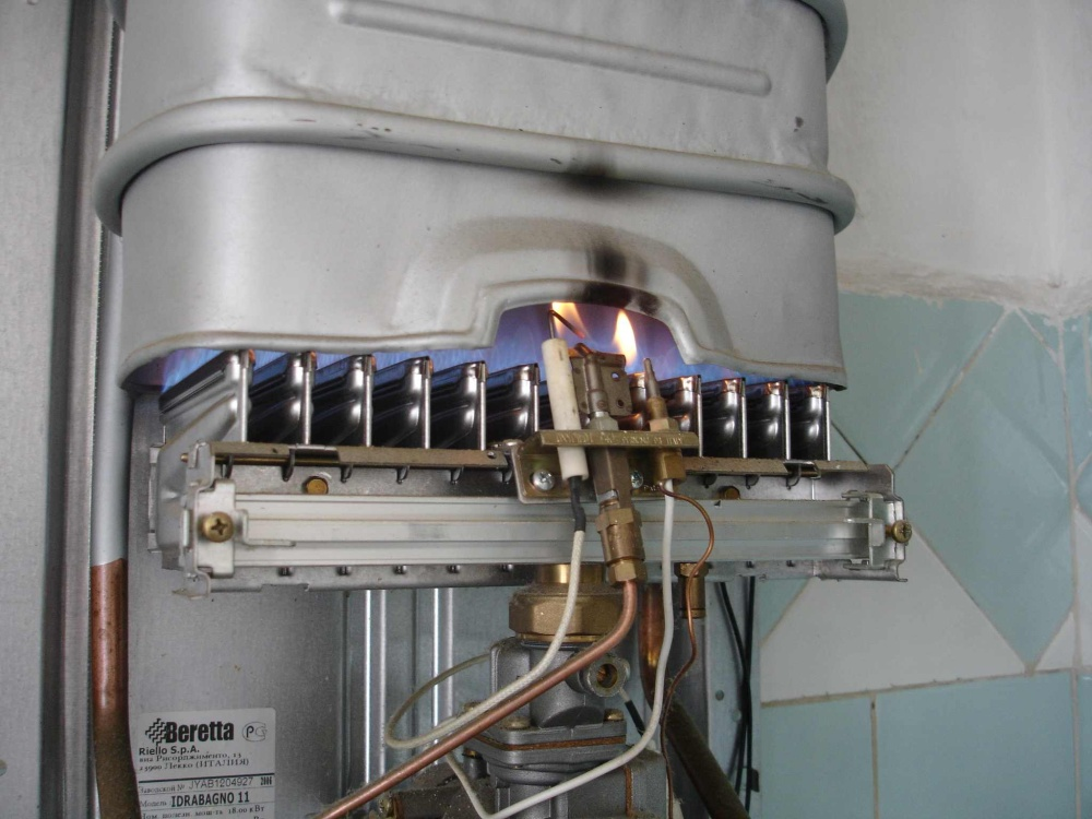 Замена мембраны в газовой колонке: причина неисправности + как сделать самому - точка j