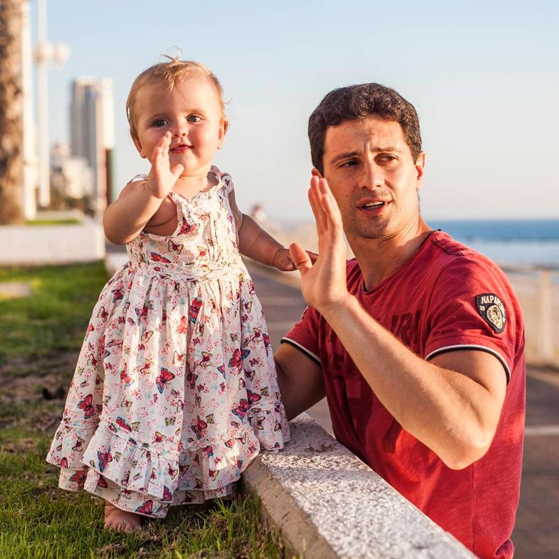 Антон макарский: жена виктория морозова и дети актера + фото