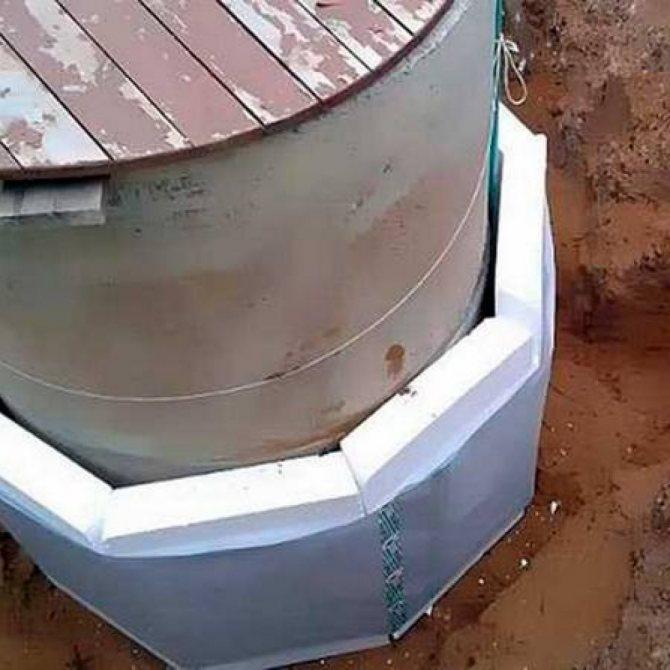 Как утеплить скважину: лучшие способы сохранить воду в зимний период