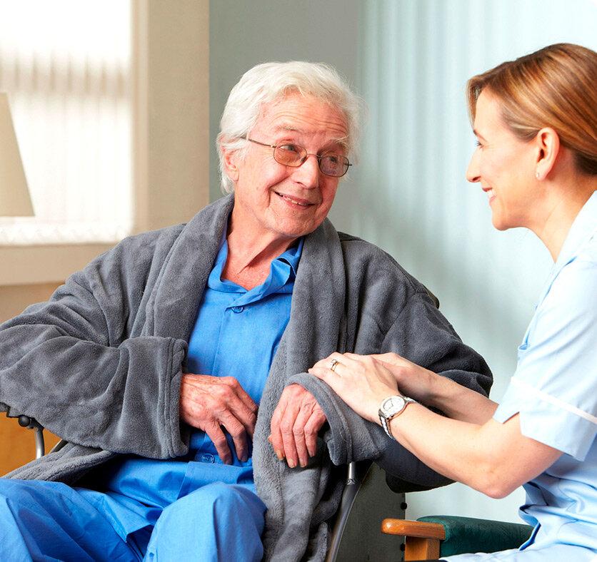 На каком основании можно поместить человека в дом престарелых и как это оформить, с юридической точки зрения