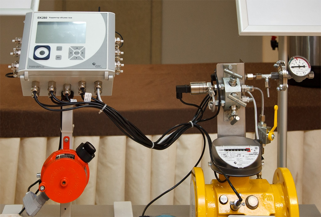 Счетчик газа с корректором давления