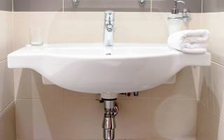 Крепление раковины к стене в ванной – пошаговая инструкция