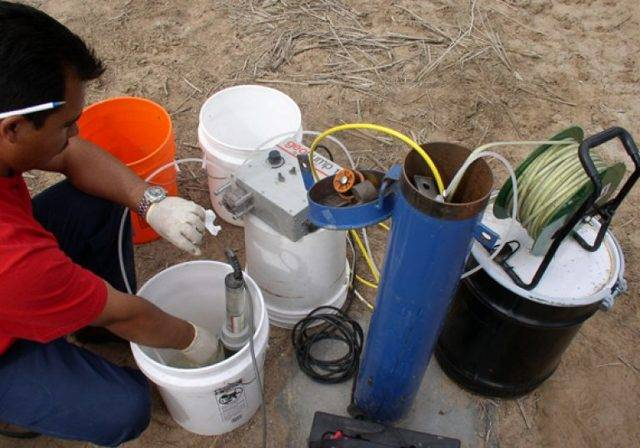 Замена насоса в скважине: достаем старый и ставим новый насос