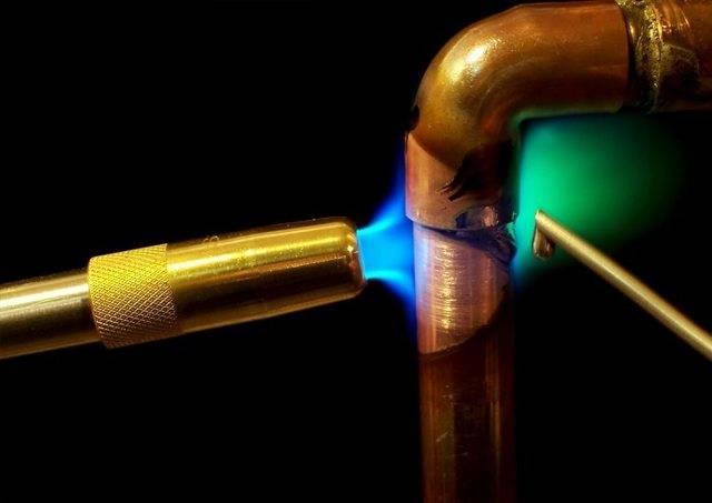 Ключевые особенности пайки труб из меди