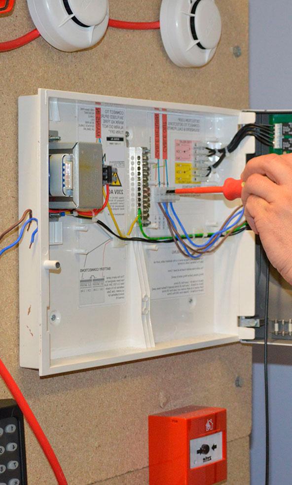 Установка охранно-пожарной сигнализации: особенности монтажа