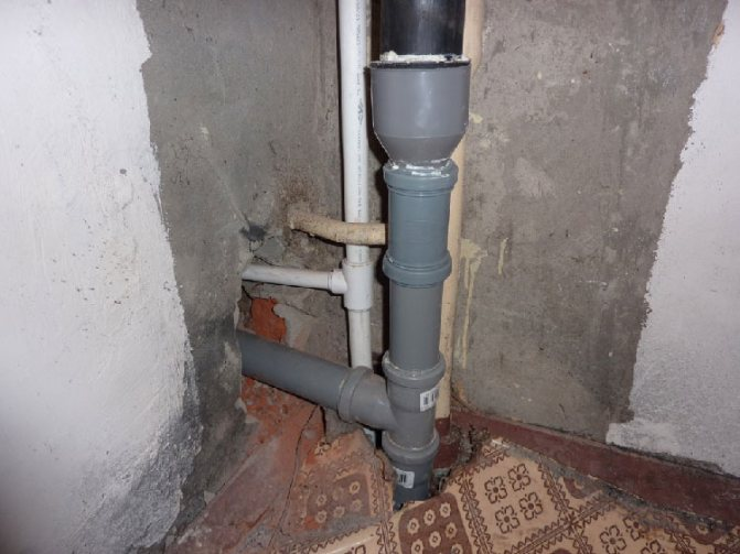 Врезка в канализационную трубу 110 мм - способы и особенности
