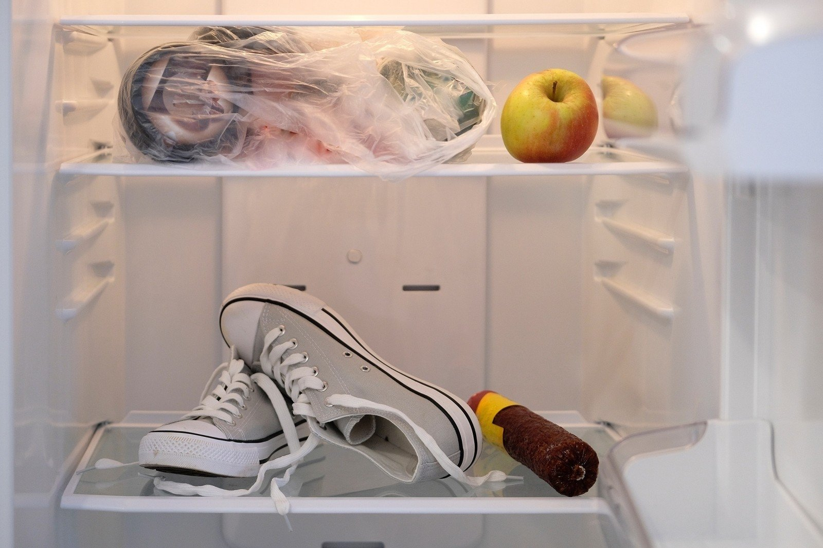 Как хранить фрукты и ягоды в холодильнике