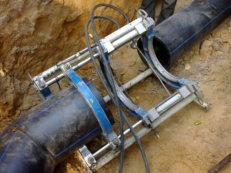Как осуществляется врезка в магистральный или второстепенный водопровод?