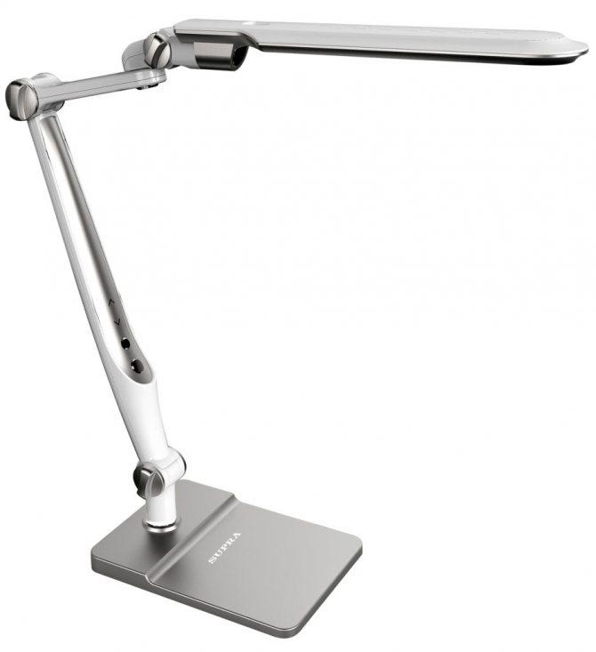 Настольная лампа для школьника, как выбрать?