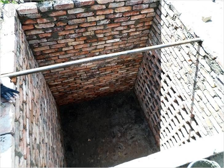 Надежная выгребная яма в частном доме: схема и советы по монтажу
