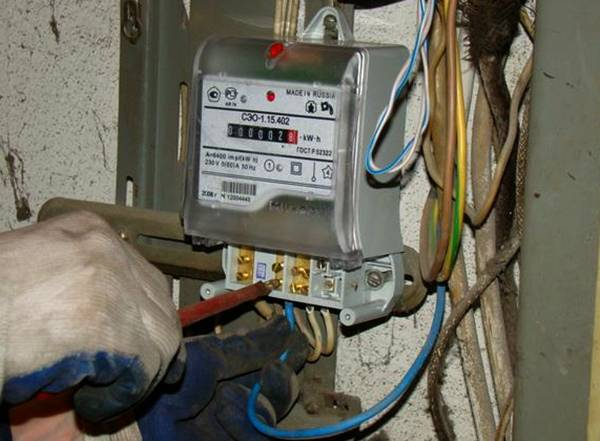 Сколько стоит поменять электросчетчик: стоимость замены измерителя электроэнергии в квартире и частном доме