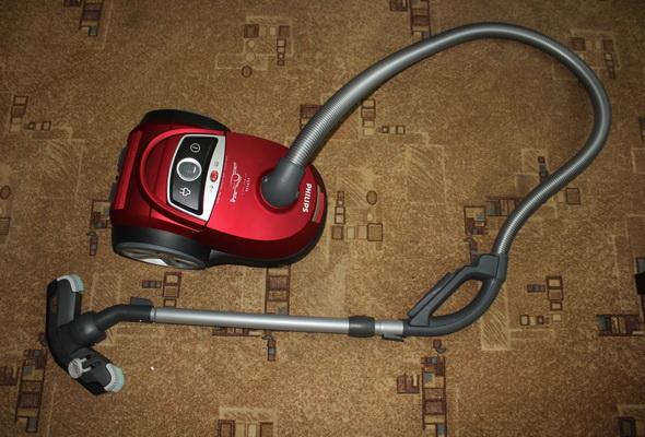 Обзор робота-пылесоса philips fc8776: уборка без пыли, шума и переплат
