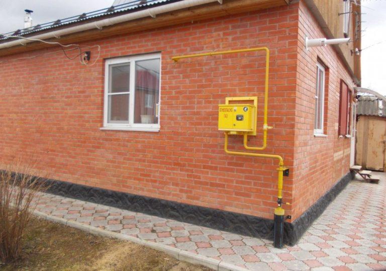 Как провести газ в частный дом бесплатно или используя льготы?