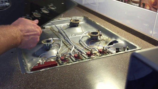 Плохо горит конфорка газовой плиты: возможные причины, как устранить поломку самостоятельно