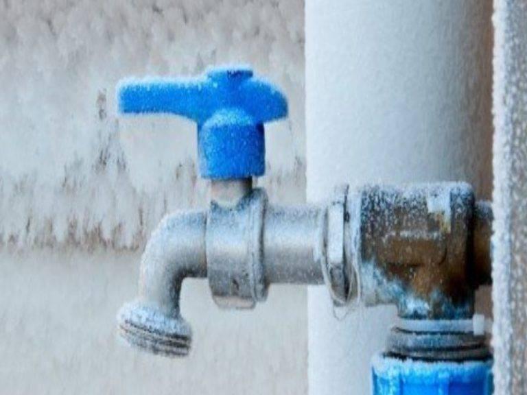 Как отогреть замерзший водопровод: все проверенные способы - точка j