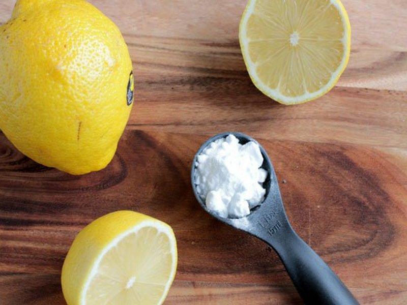 3 способа очистить дома поверхности до блеска с помощью лимона