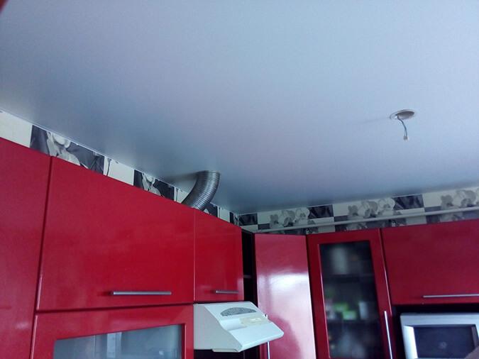 Вентиляция в натяжном (подвесном) потолке: как провести установку и монтаж вытяжки