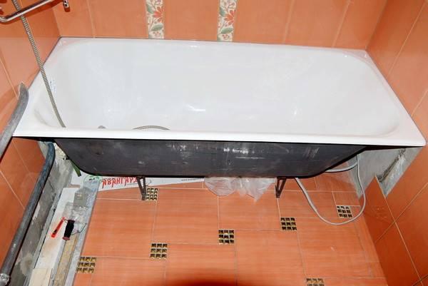 Какую ванну выбрать акриловую или чугунную. разбор основных отличий