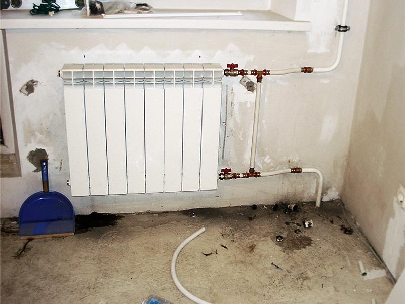 Установка радиаторов отопления своими руками, монтаж и подключение, фото
