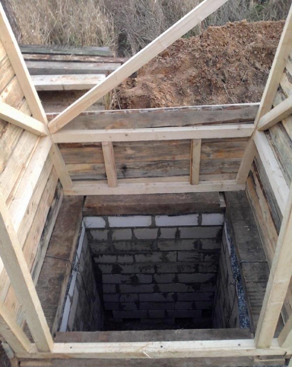 Туалет на даче своими руками: разбор технологии и всех нюансов самостоятельного строительства