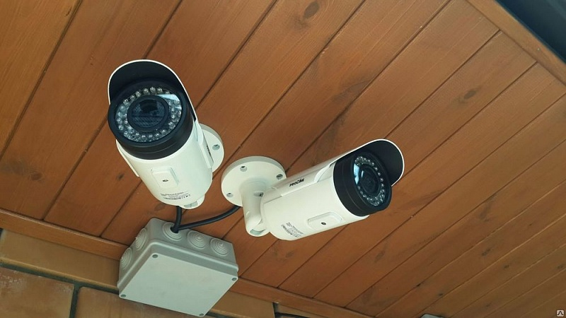 Видеонаблюдение для дома и дачи: как учесть все нюансы и поставить камеру наилучшим образом