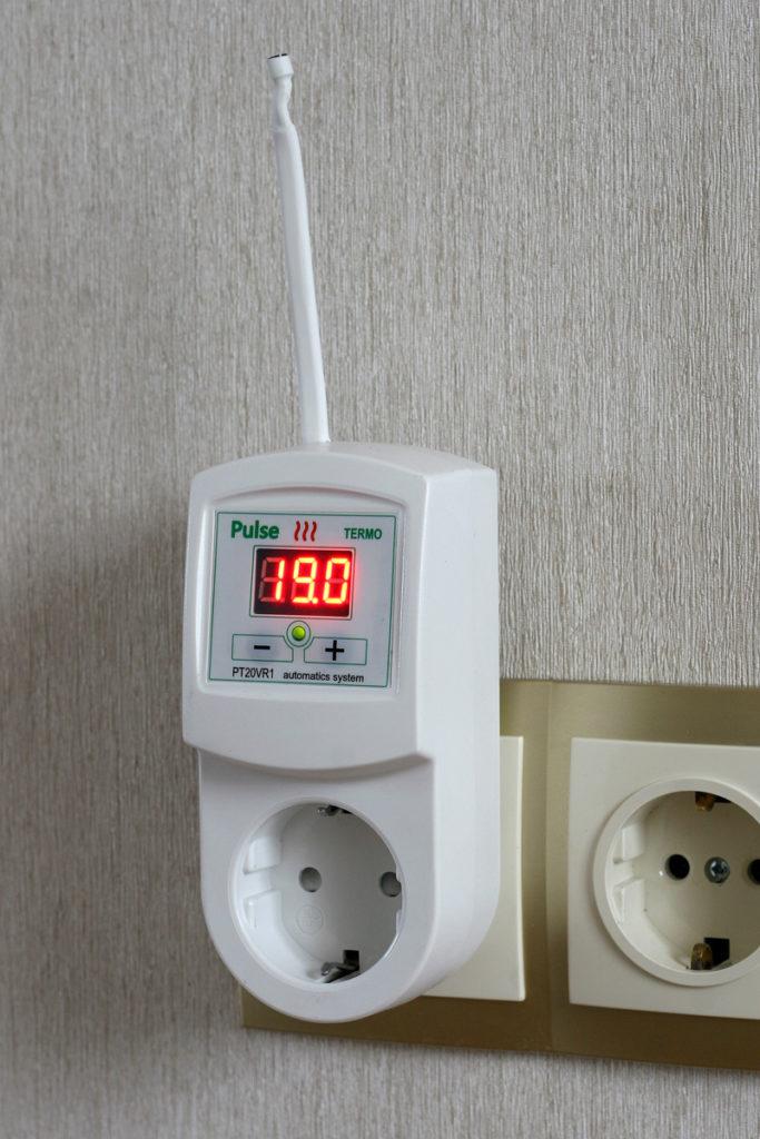 Терморегулятор в розетке для бытовых обогревателей
