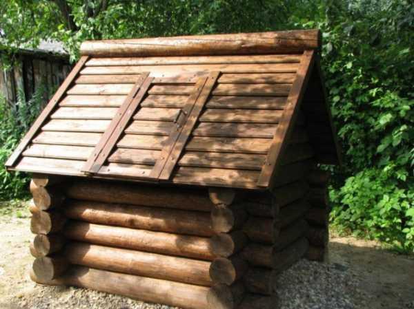 Домик для колодца своими руками – разбор 3-х проектов постройки