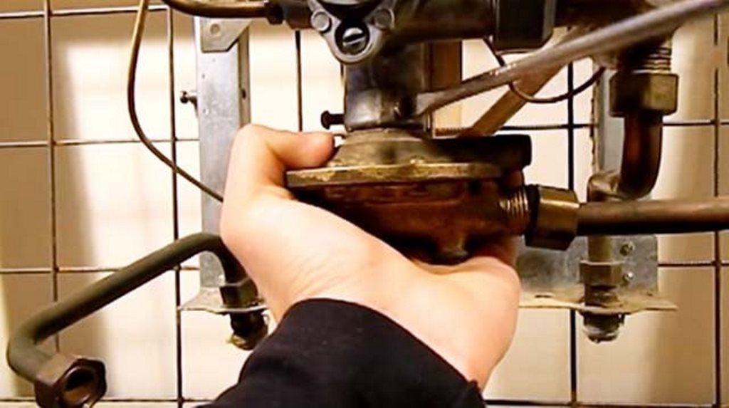 Как правильно почистить теплообменник газовой колонки в домашних условиях?