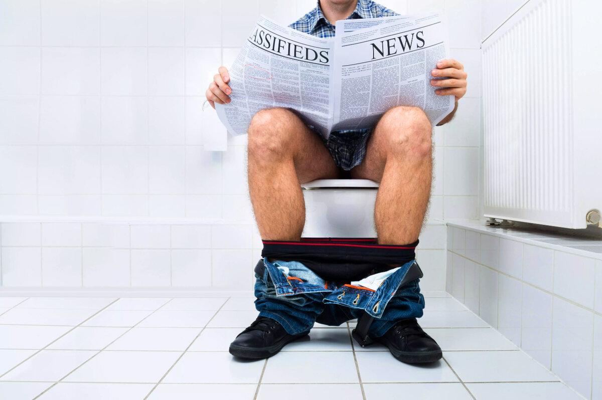 Почему читают в туалете: можно ли, что обычно читают люди