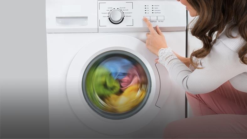 Первая стирка в новой стиральной машине без белья: как провести, каким средством пользоваться, какие правила соблюдать?