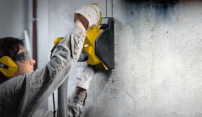 Как проштробить стену под проводку