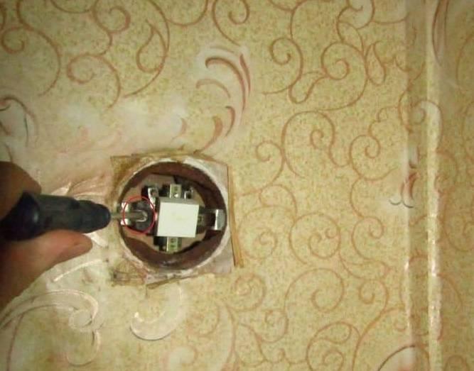 Как поменять, перенести или отремонтировать выключатель своими руками: инструкции + видео