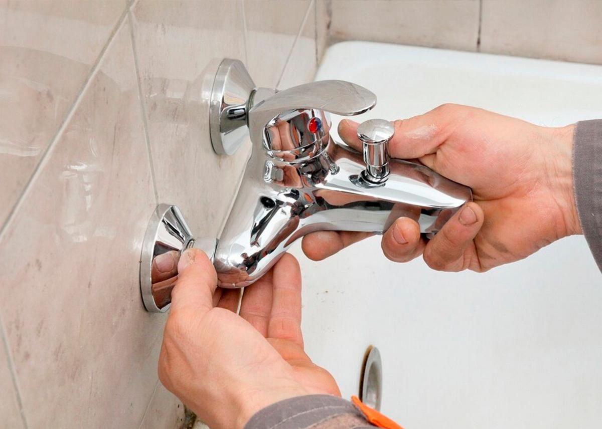 Смеситель для ванны и раковины с длинным или выдвижным изливом критерии выбора