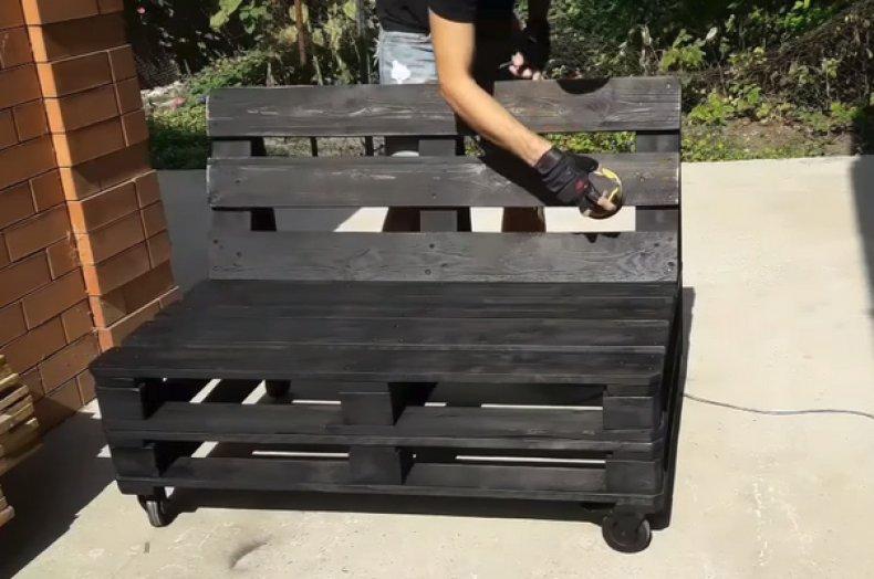 Садовая мебель из поддонов своими руками: 30 классных вариантов
