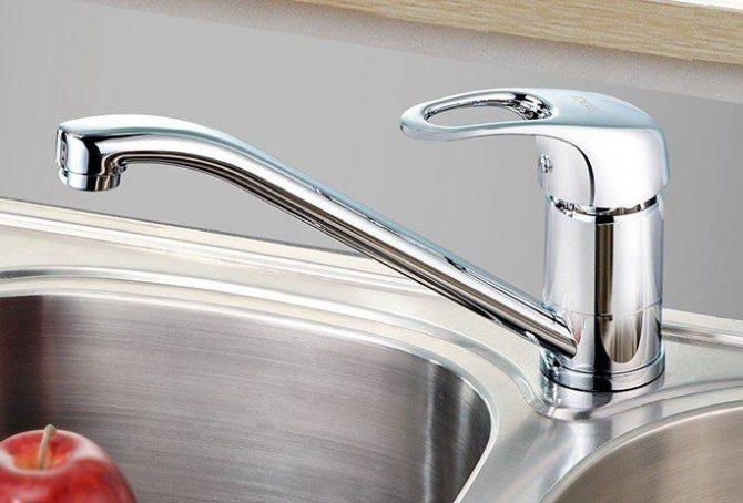 Как выбрать качественный и надежный смеситель для кухни — подробная инструкция