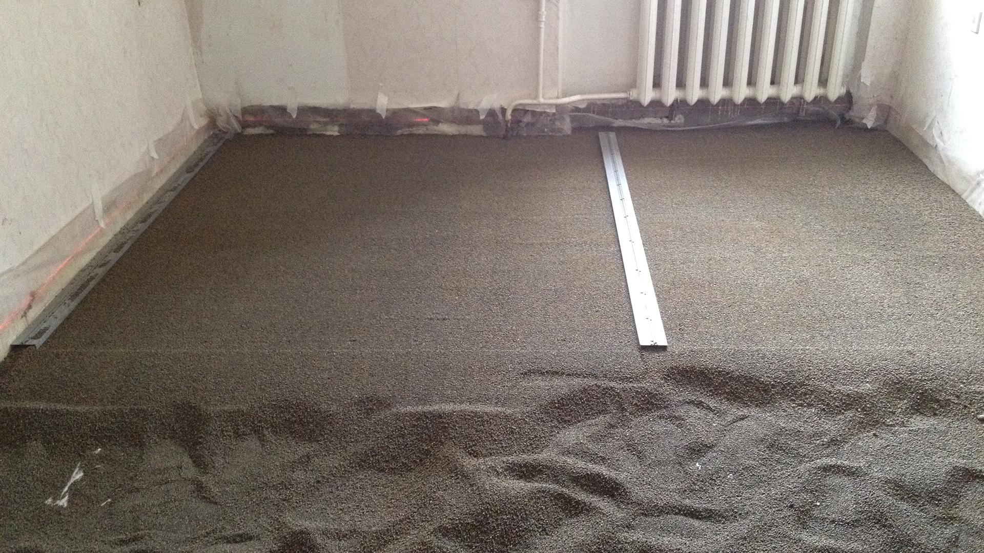 Как выровнять бетонный пол – популярно обо всех способах выполнения стяжки