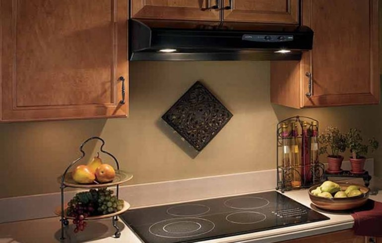 Что значит каминная вытяжка для кухни