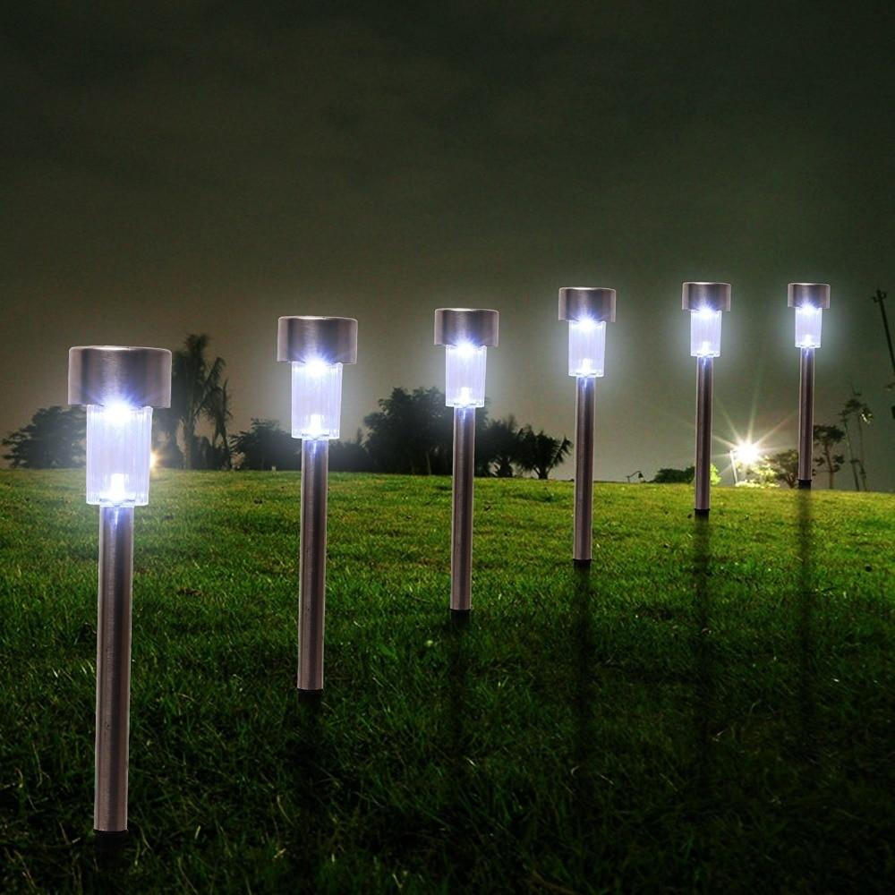 Как выбрать газонные светильники на солнечных батареях — разбираем суть