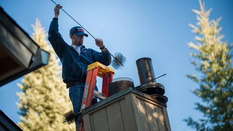 Как прочистить дымоход своими руками