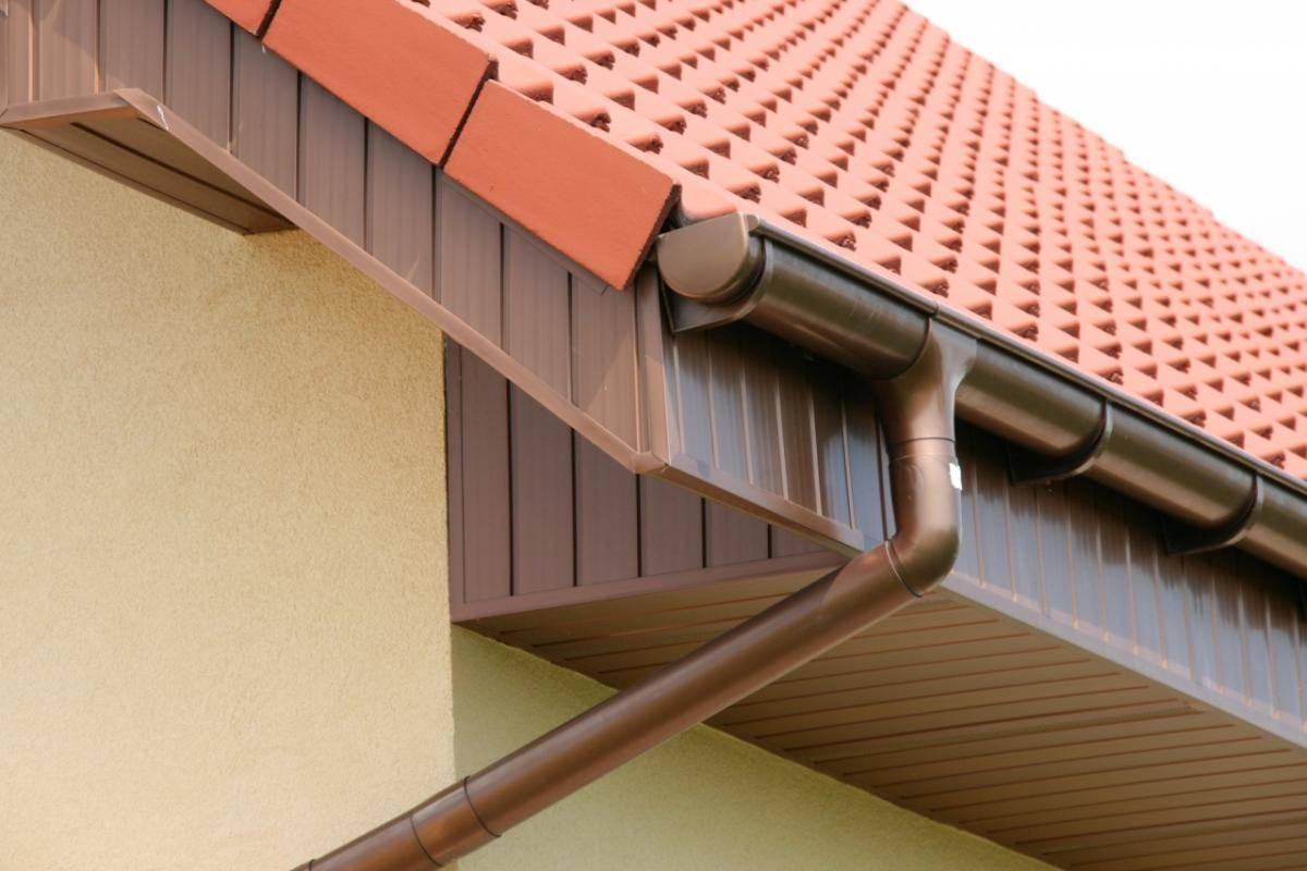 Водостоки для крыши своими руками: делаем и устанавливаем