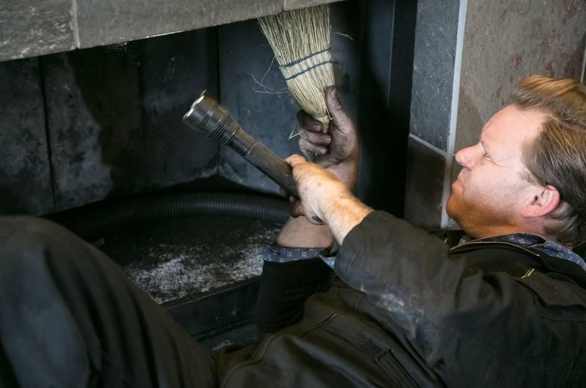 Как почистить трубу дымохода от сажи и нагара своими руками. жми!