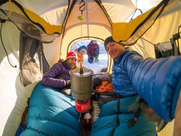 Как обогреть палатку и что для этого нужно