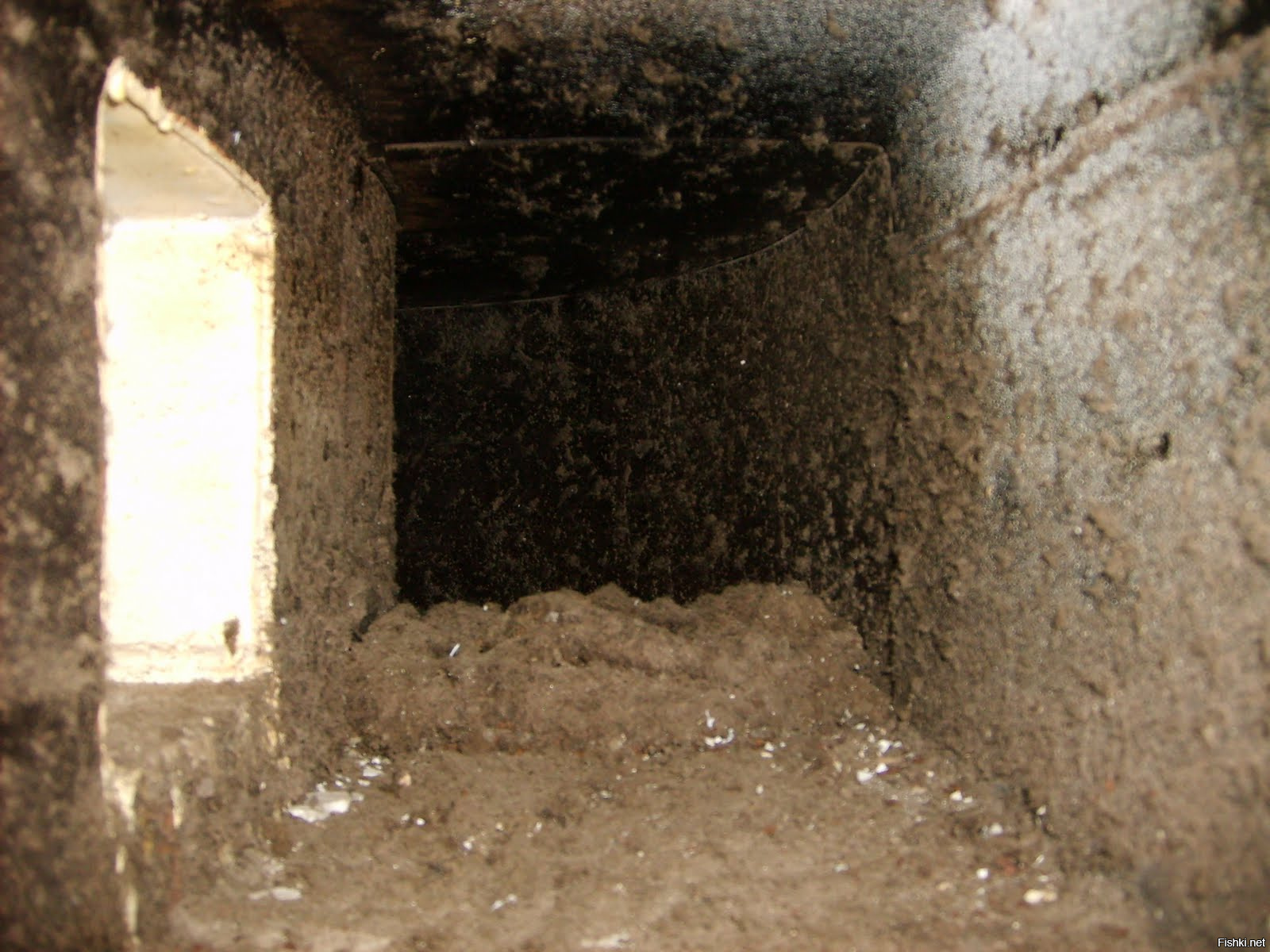 Чистка вентиляции: прочистка шахты в многоквартирном доме - точка j