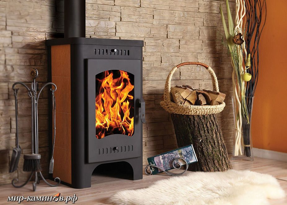 Печь-камин длительного горения для дачи: принцип работы, виды