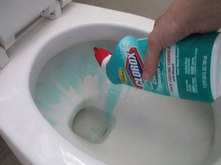 Чем отмыть ржавчину в унитазе в домашних условиях, почистить от известкового налета и мочевого камня