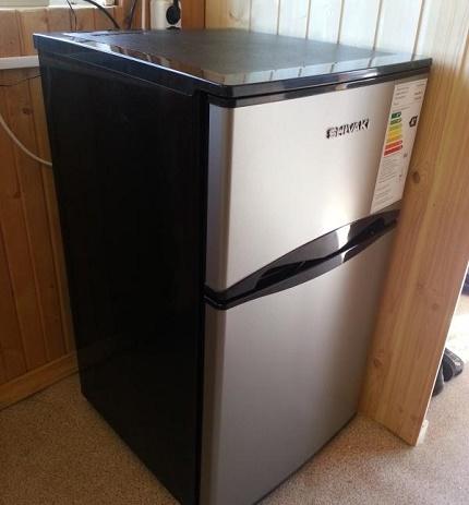 Сравнение лучших моделей холодильников side-by-side: shivaki shrf-620sdgb, shivaki shrf-600sdw, shivaki shrf-600sds